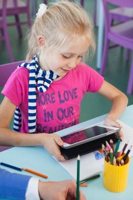 iPad_girl